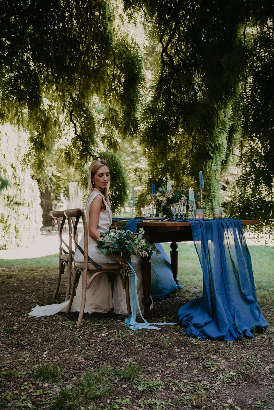 matrimonio vintage blu e oro