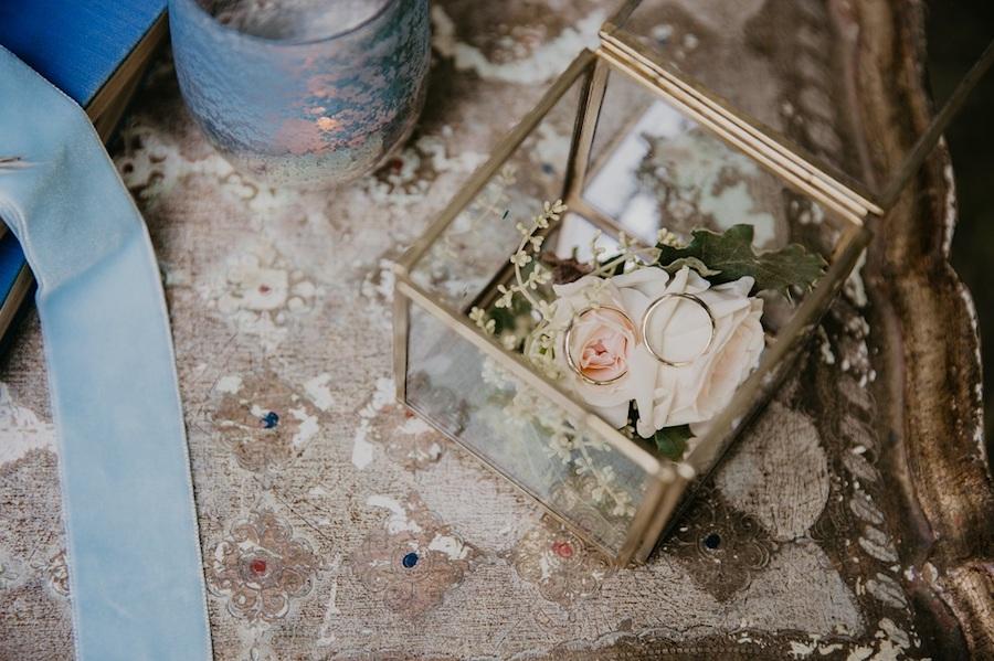 scatolina portafedi in vetro