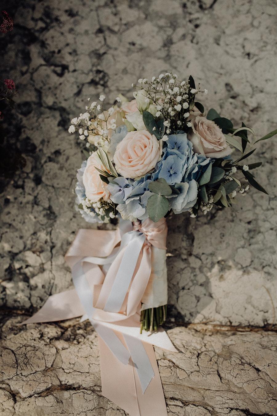 bouquet rosa e azzurro