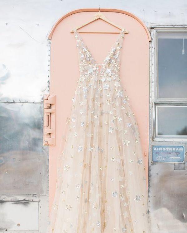 abito da sposa con stelle