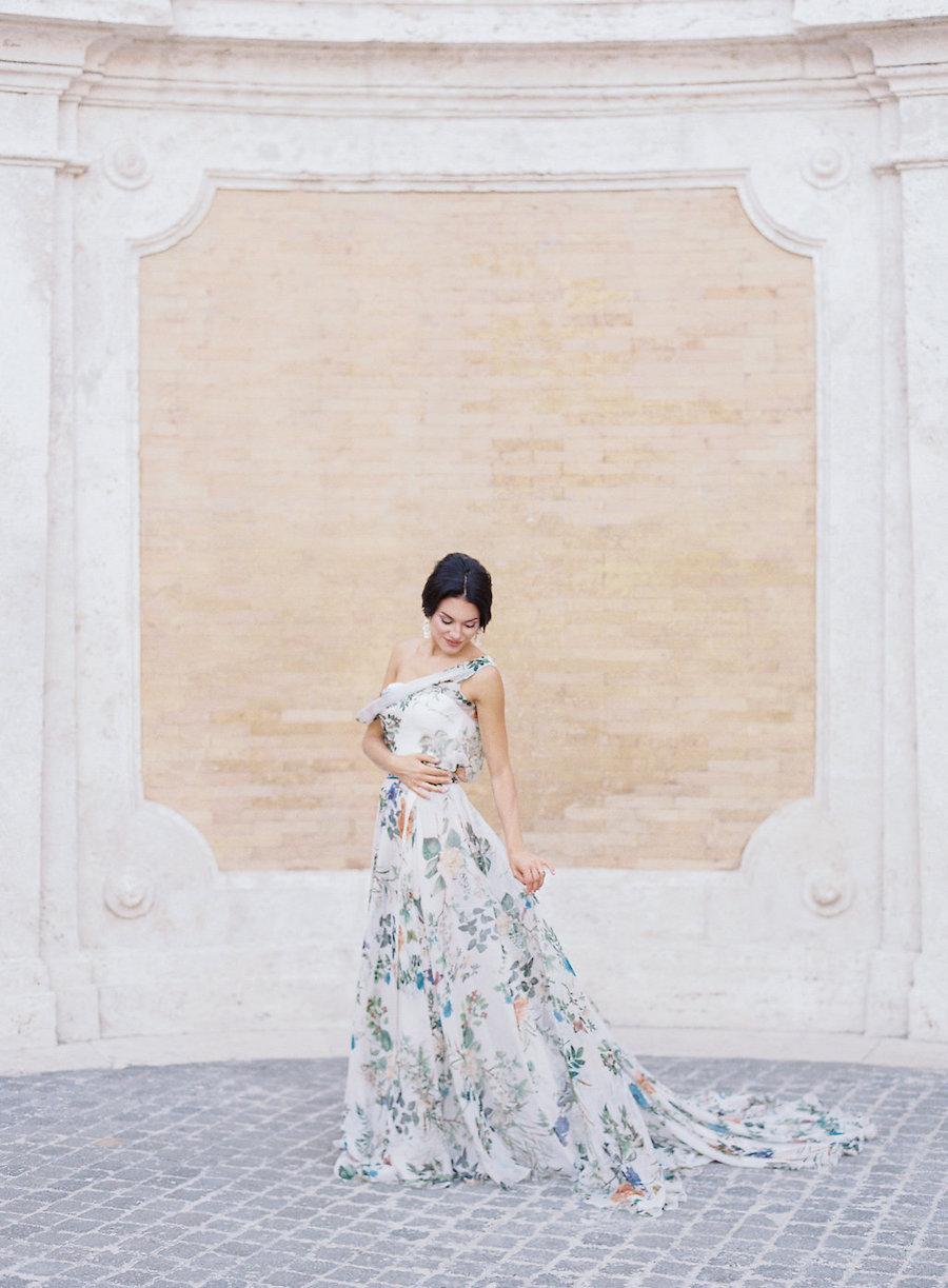 abito da sposa a fiori