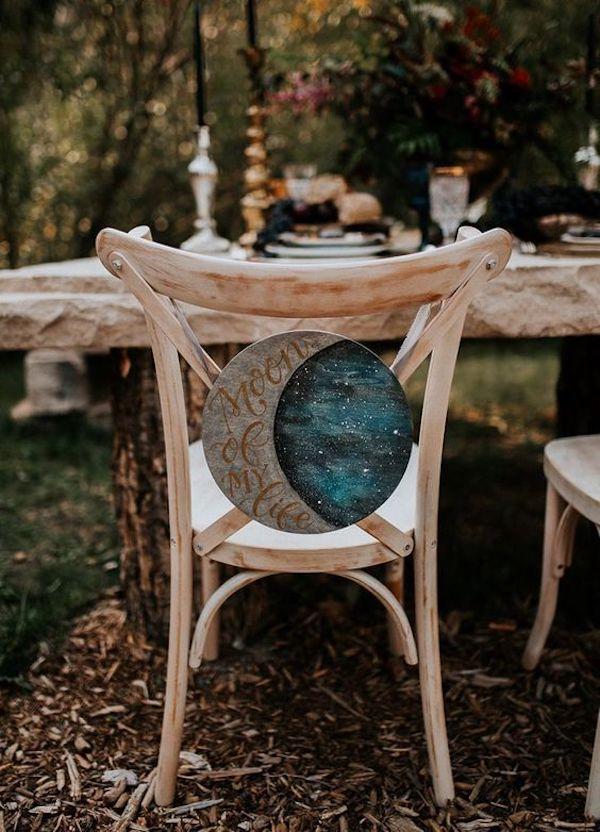 decorazione sedia a tema luna e stelle