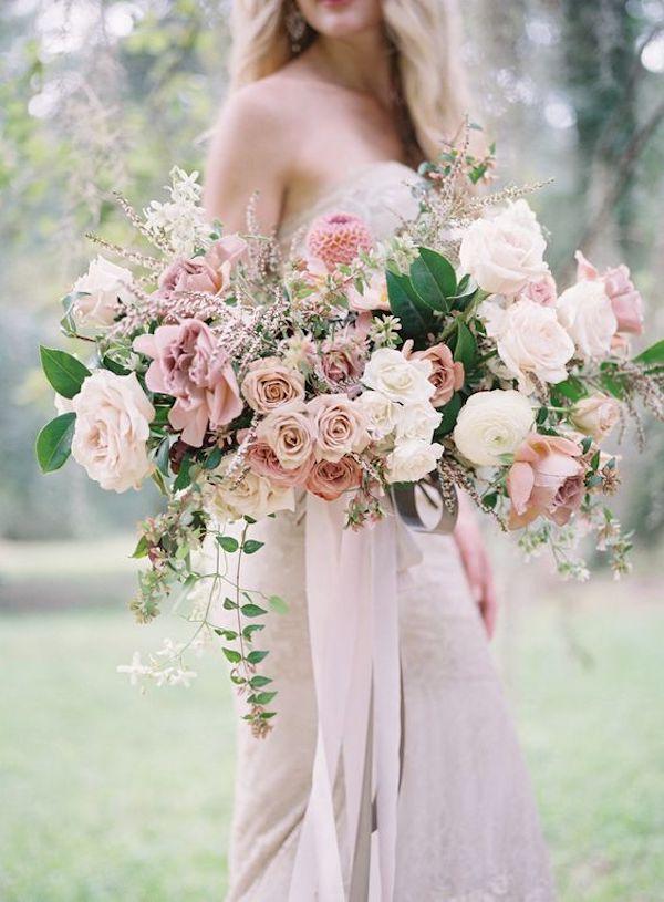 bouquet rosa e bianco romantico