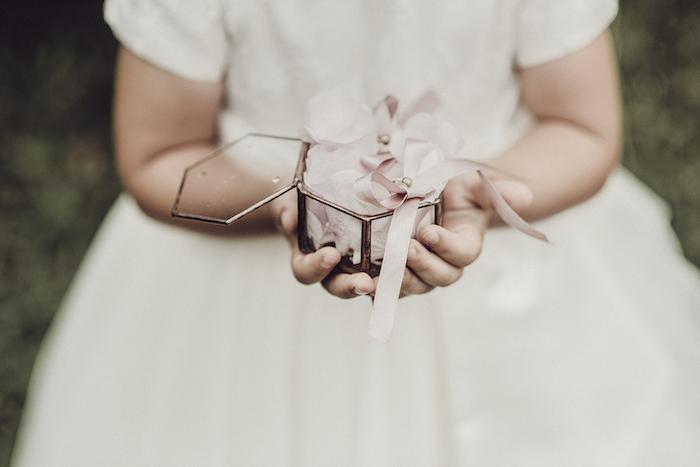 Questa immagine ha l'attributo alt vuoto; il nome del file è matrimonio-romantico-a-tre-23.jpg