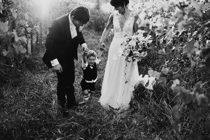 Questa immagine ha l'attributo alt vuoto; il nome del file è matrimonio-romantico-in-rosa-26.jpg