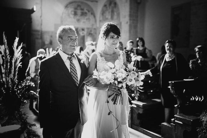 Questa immagine ha l'attributo alt vuoto; il nome del file è matrimonio-romantico-in-rosa-39.jpg