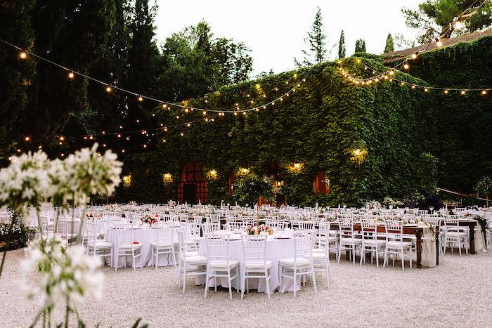 Questa immagine ha l'attributo alt vuoto; il nome del file è matrimonio-romantico-in-rosa-6.jpg