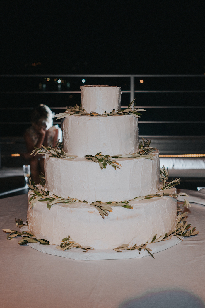Questa immagine ha l'attributo alt vuoto; il nome del file è matrimonio-green-villa-lagorio-20.jpg