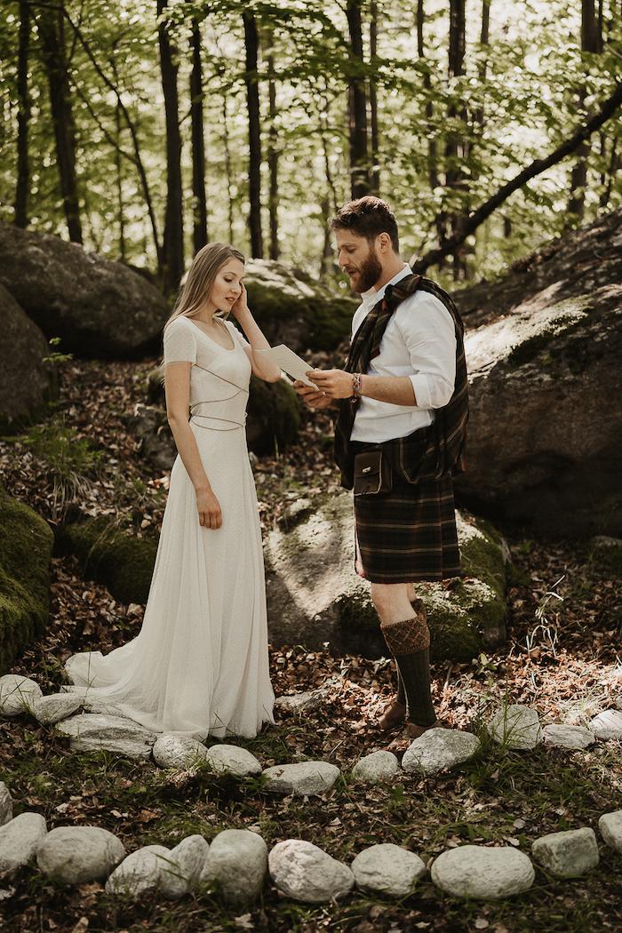 Questa immagine ha l'attributo alt vuoto; il nome del file è matrimonio-celtico-21.jpg