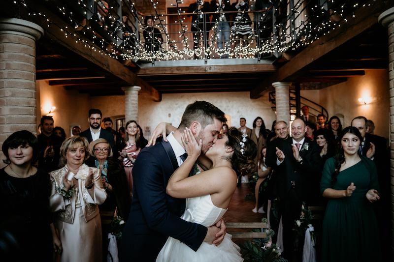 Questa immagine ha l'attributo alt vuoto; il nome del file è matrimonio-invernale-rustico-elegante-5.jpg